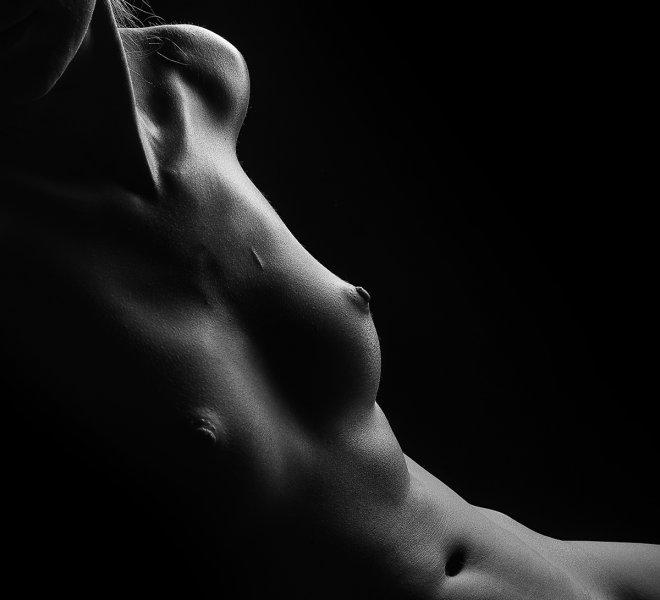 akt - piersi kobiety